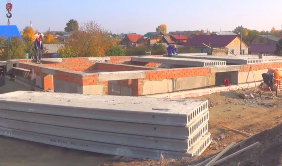 Монтаж беспетельных плит перекрытия 2ПТМ в Минске